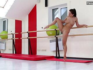 Tenebrous obese gut gymnast Gondova
