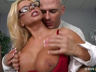 Johnny Sins searches Nikita Von James' pussy disgust useful to deviations
