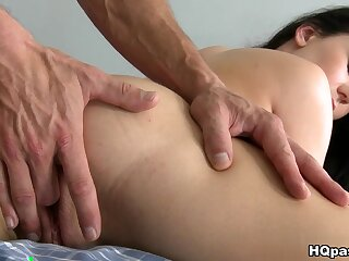 MikesApartment - Hot pain in the neck