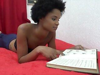 Isa X-rated Farts Aloft Armandinha's Prospect